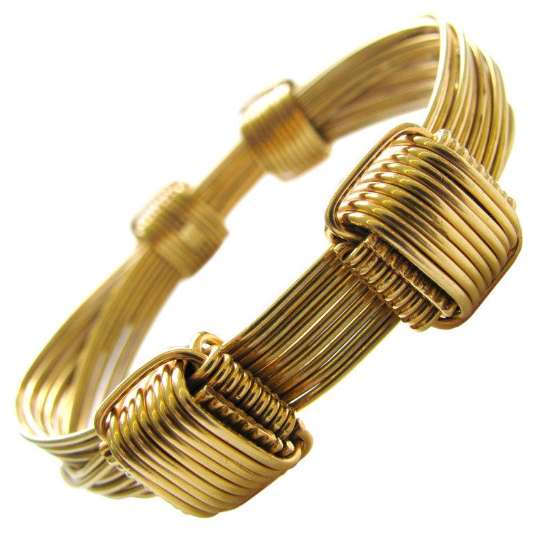 Gucci Gold Elephant Hair Bangle Bracelet 1
