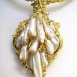 Impressive Pearl Gold Suite c1960-6