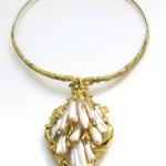 Impressive Pearl Gold Suite c1960-8